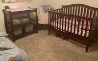 Crib and Changing Table Tampa, 33634