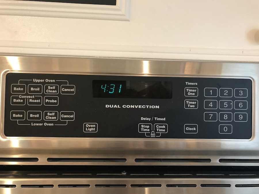 220 Volts Stainless Steal Jenn-Air Dual Convection Oven - $1,100