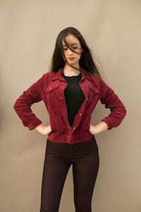 Velvet jacket medium 12 € Zografou, 157 72