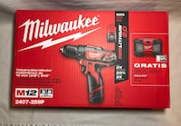 Milwaukee M12 Lithium 3/8 in. Drill Driver and Radio Combo Tallahassee, 32304