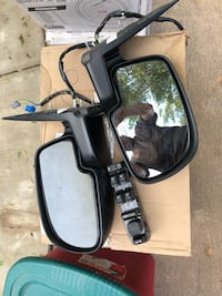 two car side mirrors with black frames Jurupa Valley, 92509
