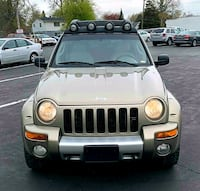 2004 Jeep Liberty》GREEN▪︎4X4 SUV▪︎LEATHER▪︎SUNROOF Madison Heights