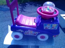Pop and go ride-on toy brand new