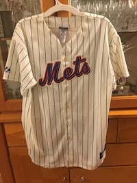 Mets Jersey and Hats 243 mi