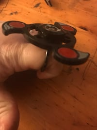 Fidget Spinner- Red and Black RING