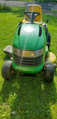 Used Wheel Horse gt 14 garden tractor mower for sale in