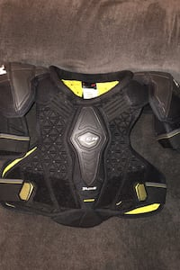 CCM tacks chest pad