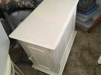 Antique white end table Watertown, 13601