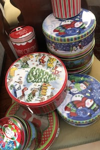 Christmas tins  Dumfries, 22025