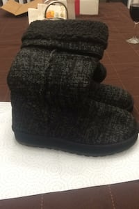 Skechers tall knit cardi sweater boot size 8