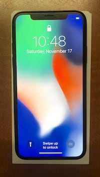 Unlocked Iphone X, 64 gbs, Silver.LCD screen has hairlines cracks but it work perfect . Midway City