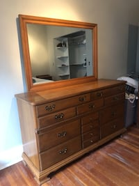 Dresser and night stand  Creswell, 97426