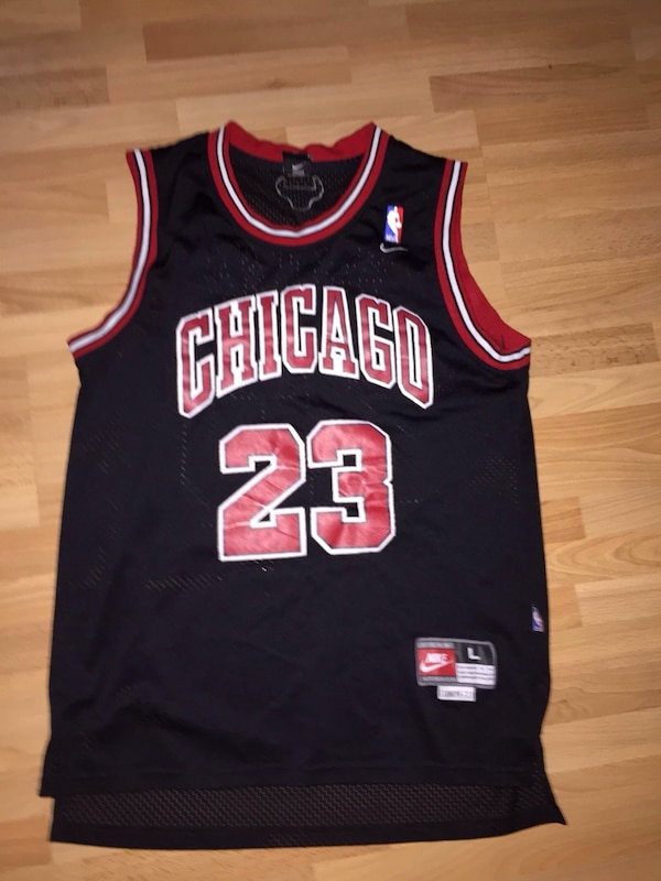 black and red Chicago Bulls 23 jersey 9eedd398-d47c-4677-9256-33805897fb5a