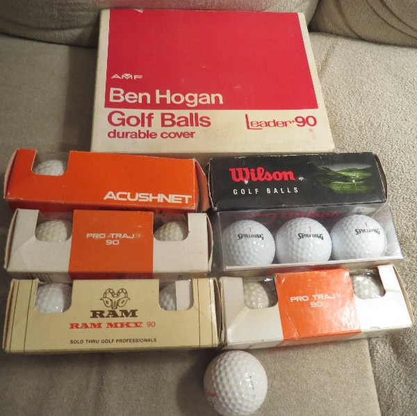 GOLF BALLS.     ASKING $35.00  354bac62-9d73-4384-85a2-02878f070ace