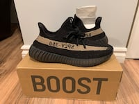 "Yeezy 350 v2 ""Olives"" size 9.5 Chicago, 60629"