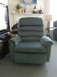 Recliner Like New