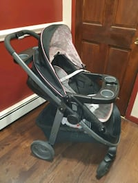 Graco Carriage girls travel system West Babylon