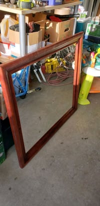 large mirror size 37.5x41.5 Chicago, 60638