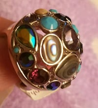 silver-colored and green gemstone ring 2336 mi