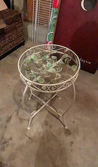 White iron plant stand/occasional table Arnold, 21012