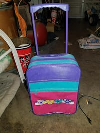 Kids Travel Suitcase Good Condition Lubbock, 79414