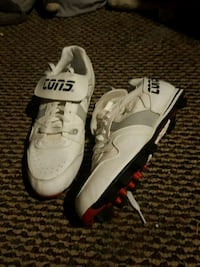 pair of white-and-black Nike football shoes Lenox, 50851