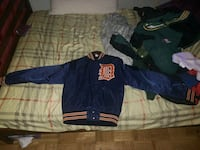 RUSH RUSH! FOR SALE! WOMEN'S DETROIT VINTAGE JACKE Toronto, M4H 1E1