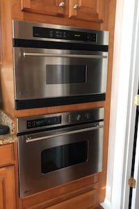 Microwave/oven wall unit