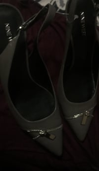 Pair of black and gray Nine West Hills Oxon Hill, 20745