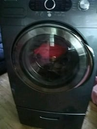 black front-load clothes washer St Louis, 63119