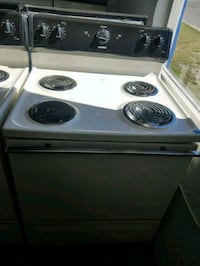 Used stove Hotpoint bisque Tampa, 33604