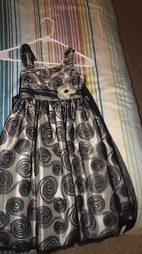 Girls dress 9-10 years old  Falls Church, 22041