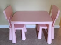 Children's Table and Chair Set  Bowie
