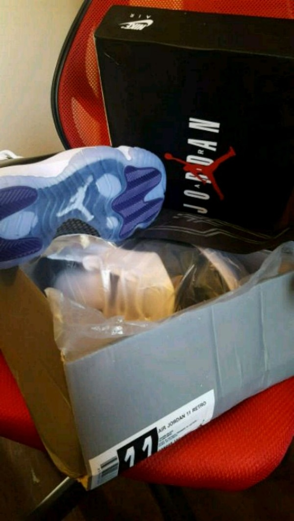 0b709e449929d6 Used Jordan 11s size 11 for sale in Country Club Hills - letgo