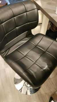 black leather padded sofa chair 535 km