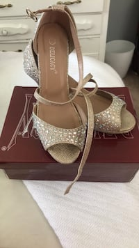 pair of gray open-toe ankle strap heels Silver Spring, 20902