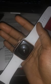 Apple Watch Series 5 Rose Gold 44m GPS (Willing to trade for iPhone)  Baltimore, 21206
