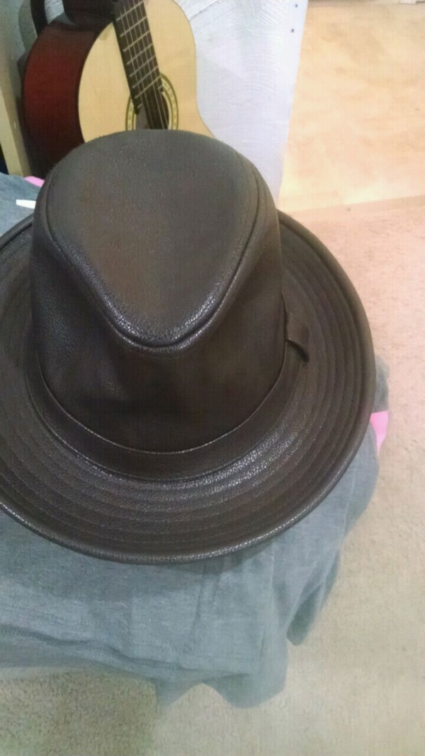 Used Brown leather fedora hat for sale in Grayson - letgo 07f75b1832e2