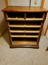 Real wood dresser  Barberton, 44203
