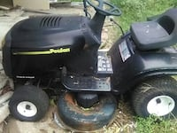 Riding lawn mower  Robinson, 76706