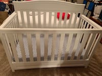 Baby crib- wooden gently used Santa Rosa, 95403