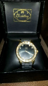round gold-colored analog watch with link bracelet Huntington Beach, 92647