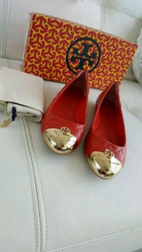 100% authentic Tory Burch leather flats  Mississauga