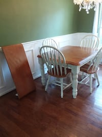 Kitchen table with removable leaf Calhoun