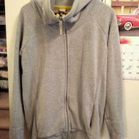 Medium BENCH zip-up hoodie Winnipeg, R3G 1W9