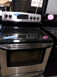 Kenmore stainless steel stove  Baltimore, 21223