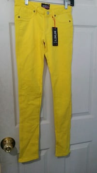 yellow and black Adidas sweatpants Toronto, M9C 5S3