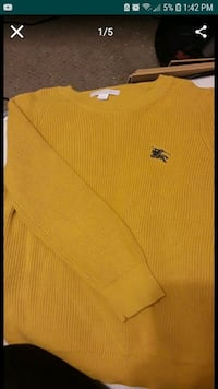 BURBERRYyellow crew-neck shirt