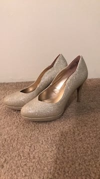 Brand new size 6 - Perfect for night out! Calgary, T2P