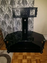 TV stand hold up to 55in Toronto, N0L 1J0